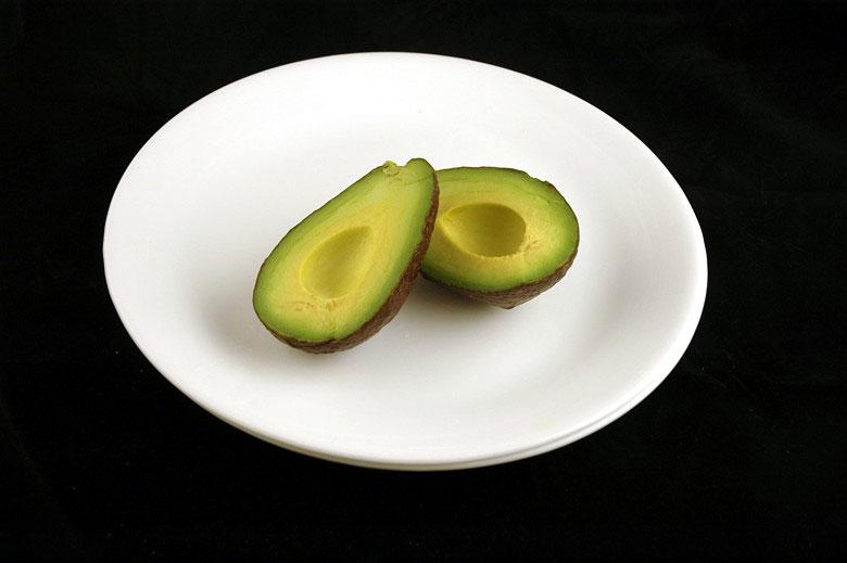 200-calorii-avocado