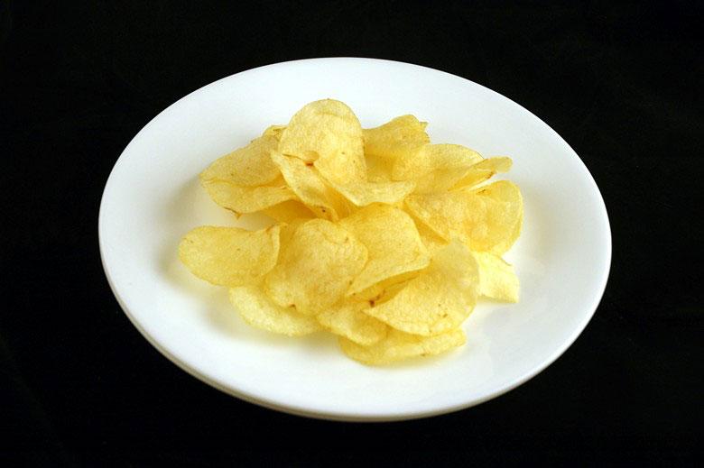 200-calorii-chipsuri-cartofi