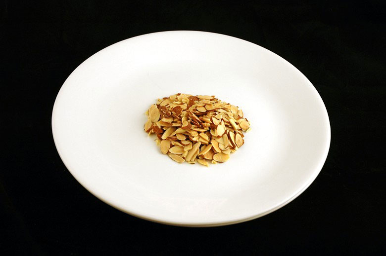 200-calorii-migdale-prajite