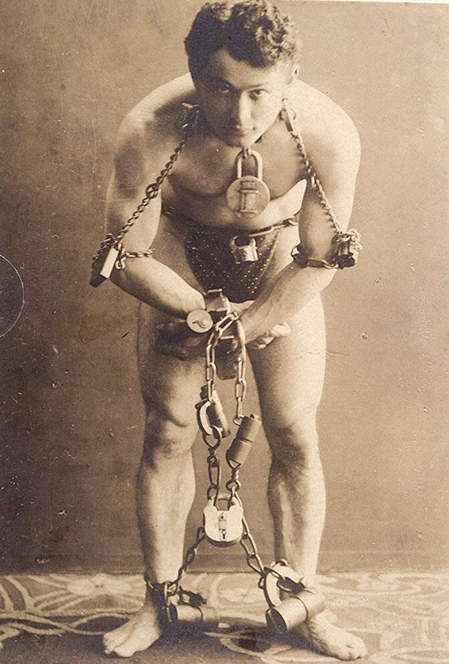 Harry-Houdini-1899