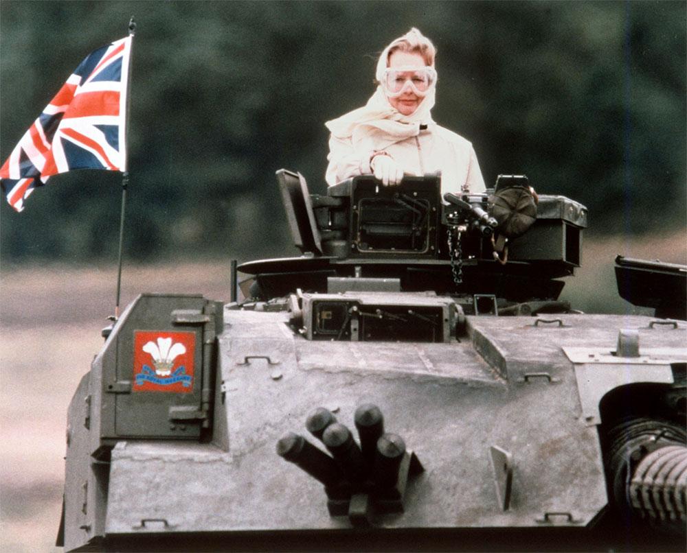 Margaret-Thatcher-tanc-1986