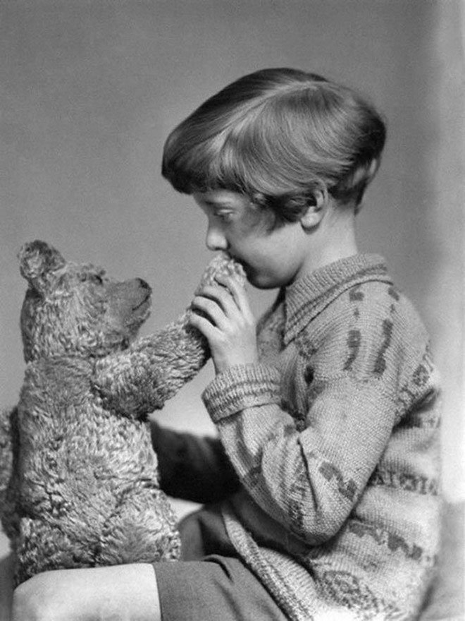 Winnie-de-Plus-si-Christopher-Robin-1927