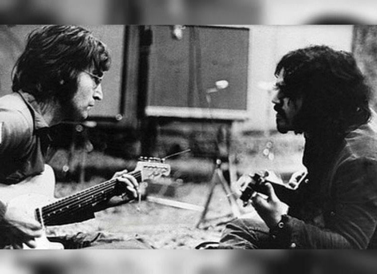 adevarat-John-Lennon-wayne-grabriel-canta-la-chitari