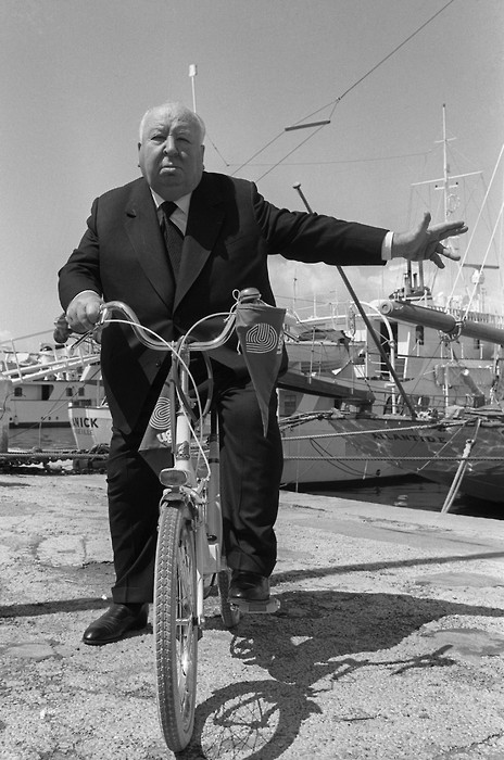 alfred-hitchcock-bicicleta