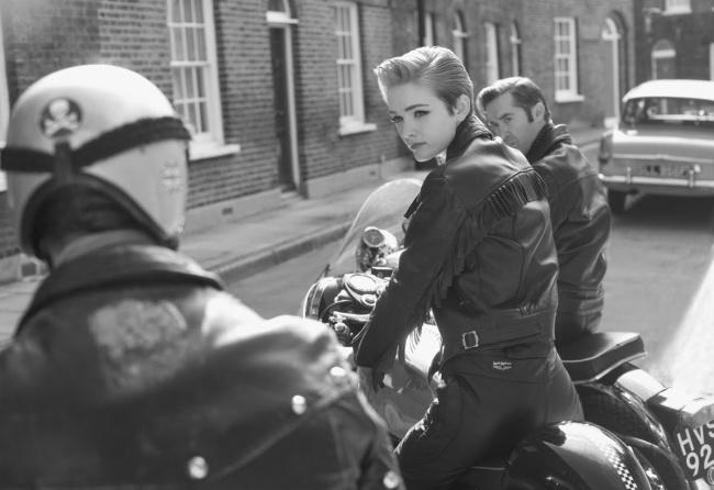 biker-femeie-anii-1960
