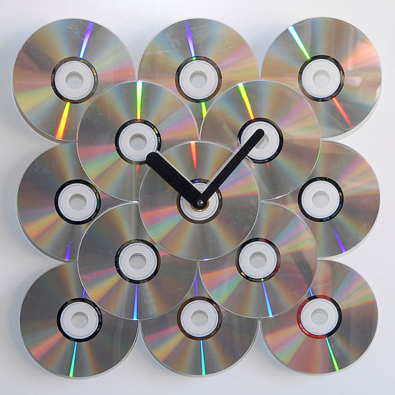 ceas-din-cd-vechi