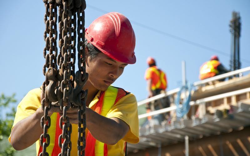 constructor-in-timpul-lucrului