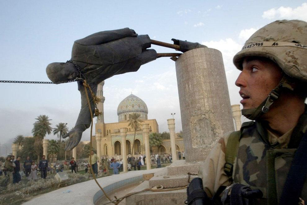 doborare-statuie-Saddam-Hussein