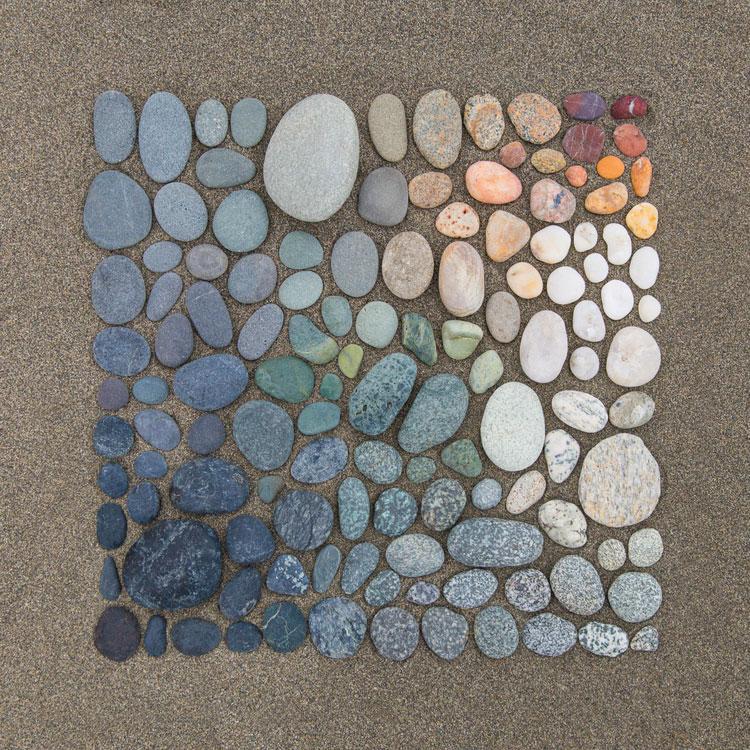 emily-blincoe-obiecte-aranjate-frumos-22