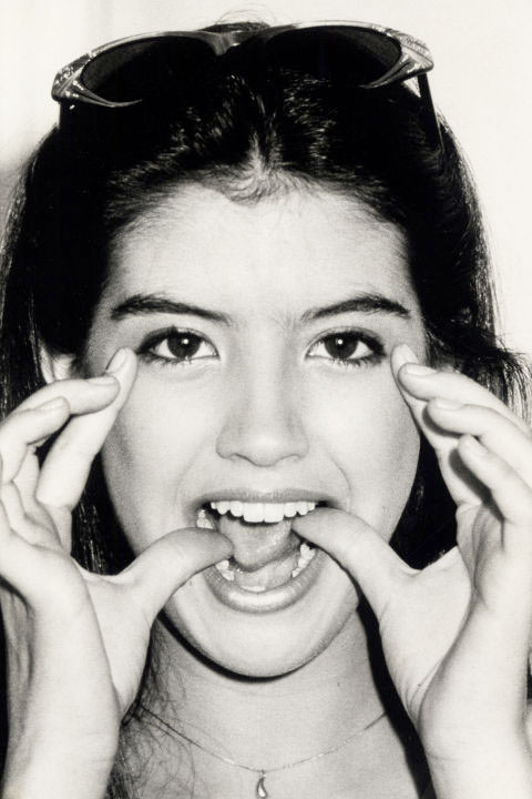 emotii-Phoebe-Cates