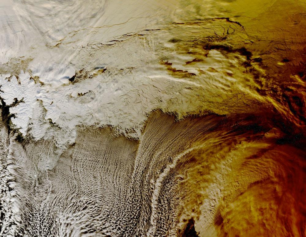fotografie-satelit-eclipsa-oceanul-arctic