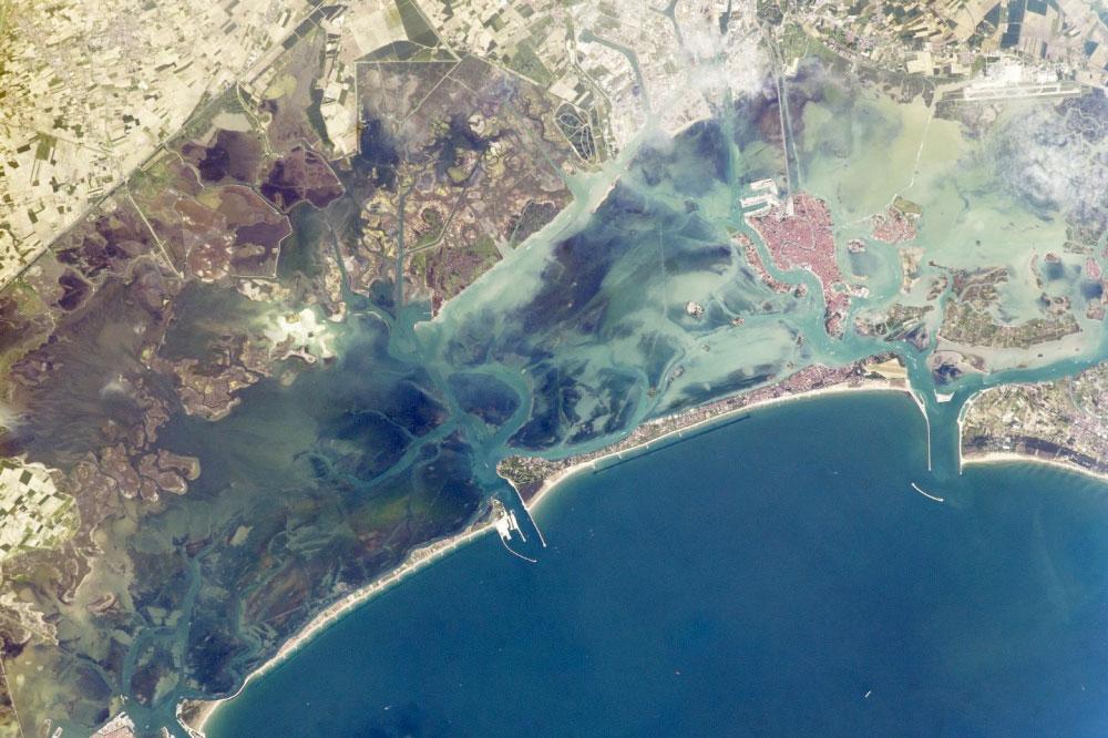 fotografie-satelit-laguna-venetiana-italia