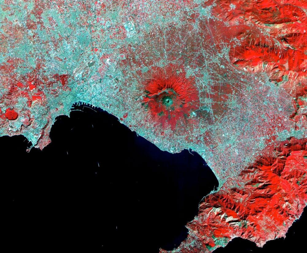 fotografie-satelit-vezuviu-italia
