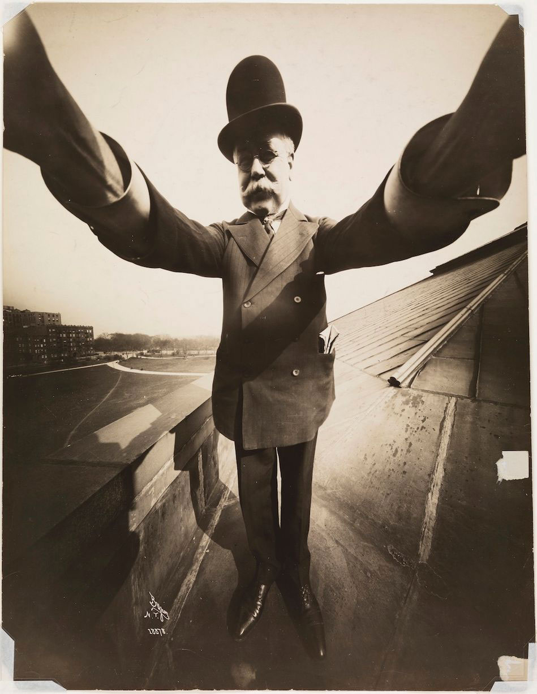 joseph-byron-selfie-1909