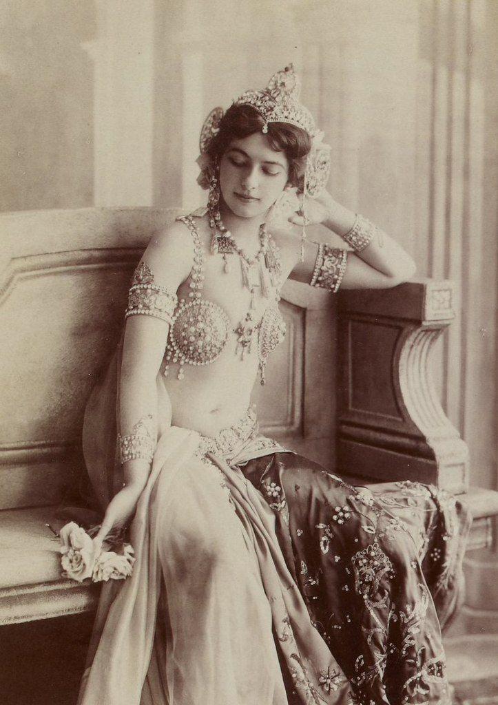 mata-hari-anii-1910