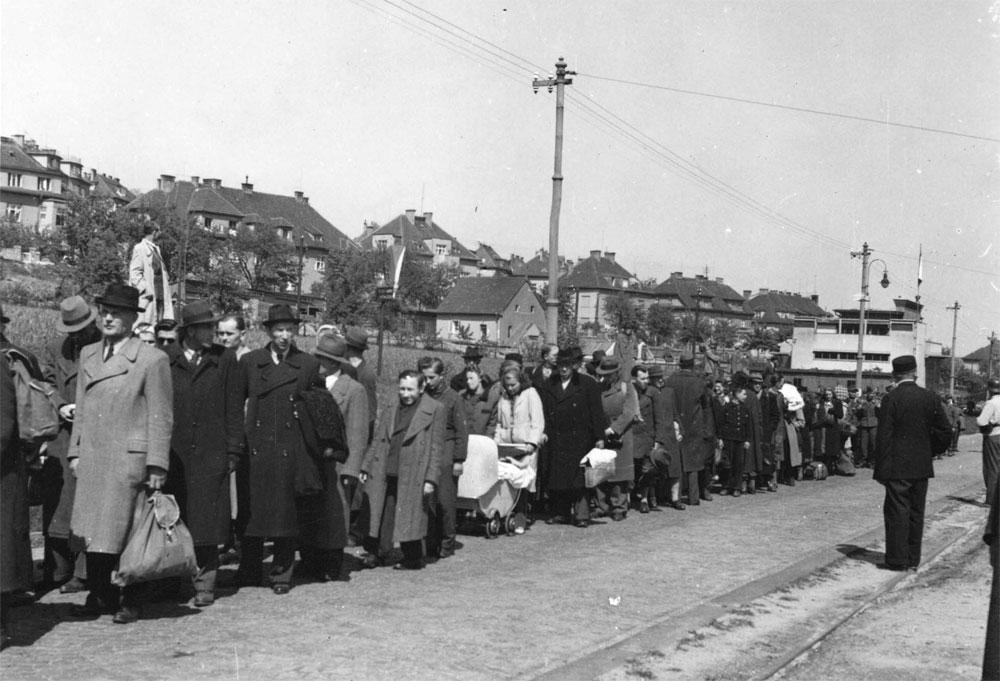 nemti-ucisi-mai-1945