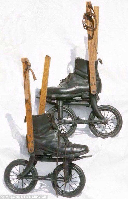patine-cu-rotile-1897