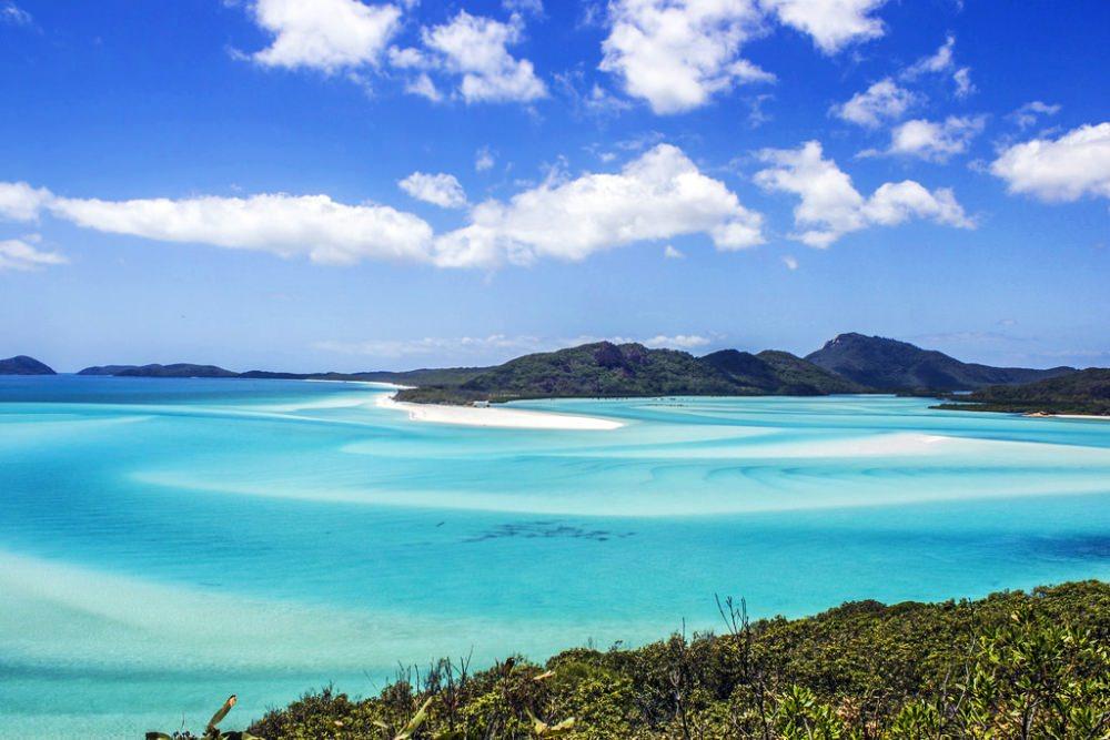 plaja-whiteheaven-beach-01