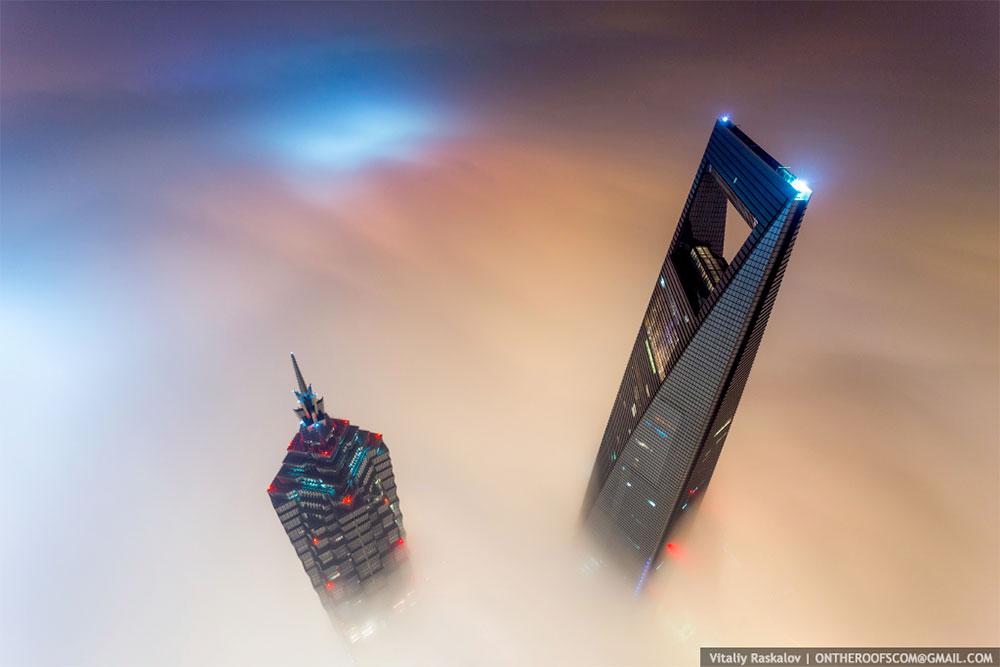 shanghai-tower-vedere-de-pe-cladire