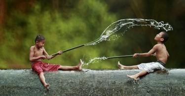 viata-unui-sat-din-indonezia-herman-damar-02