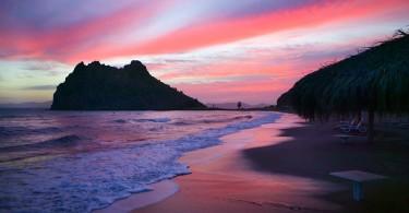 pink-beach-bahamas-01
